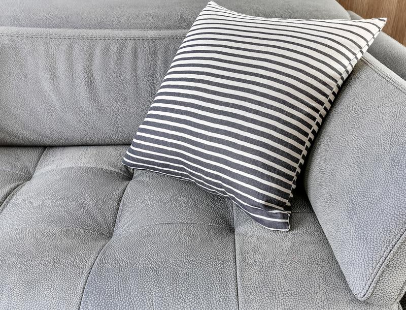 2-Détail canapé