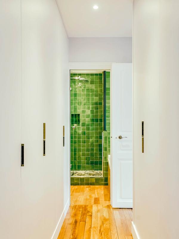 12_Port-Royal-couloir SDB